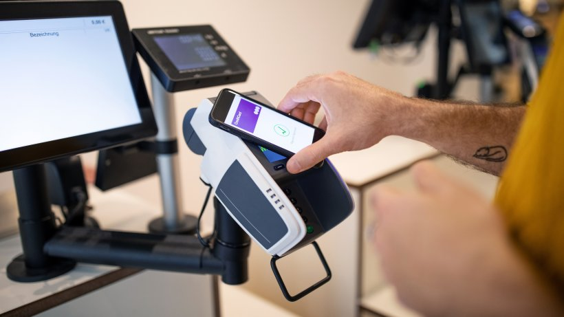 Pay with a mobile phone: these are the possibilities in 2021