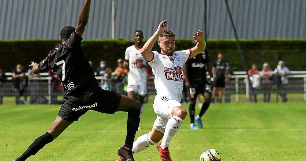 Stade Brestois.  Magnetti, a real playing card - Stade Brestois