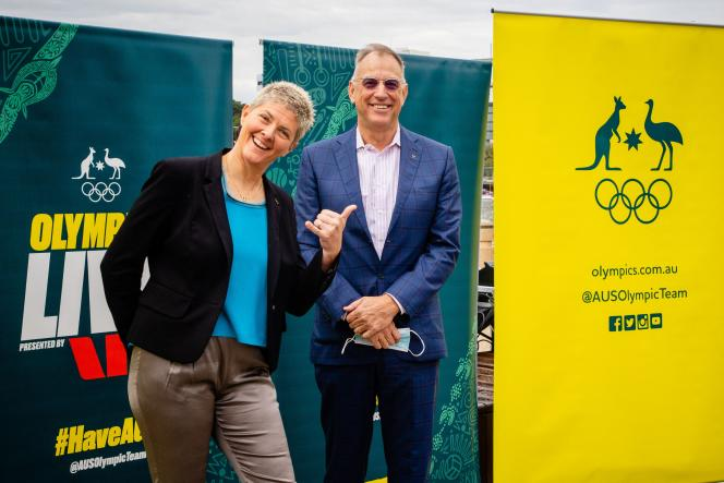 Former Australian Olympic Volleyball Champion Natalie Cook with Mark Stockwell, former Olympic Swimming Champion, members of the Brisbane Olympic Games Organizing Committee.