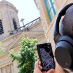 an audio tour to uncover the metropolis in a different way