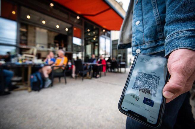 Entre optimisme et inquiétude, les bars et restaurants se préparent à l