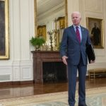 Clash of accusations against Cuomo, Biden abandons him and asks for his resignation