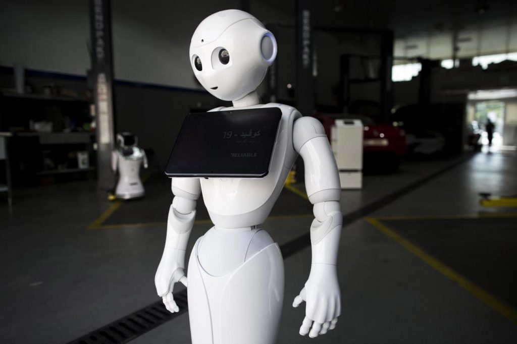HUMANOID ROBOT PROTOTYPE NEXT YEAR Tesla owner Elon Musk announced his company's new project, the goal of replacing workers in hazardous machine jobs.