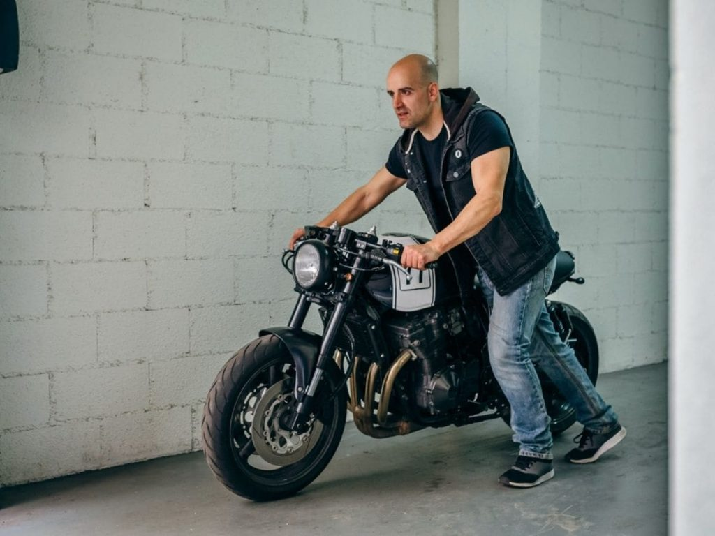 How to start a push motorcycle?  Helpful Tips - Helpful Information