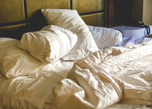 Sleep better with the right diet: daily menu