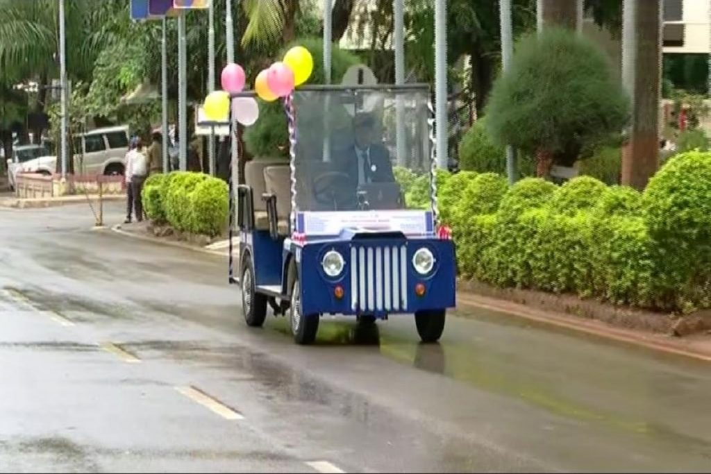 The Pune students did their best!  Built driverless car;  You will be surprised to read the features.