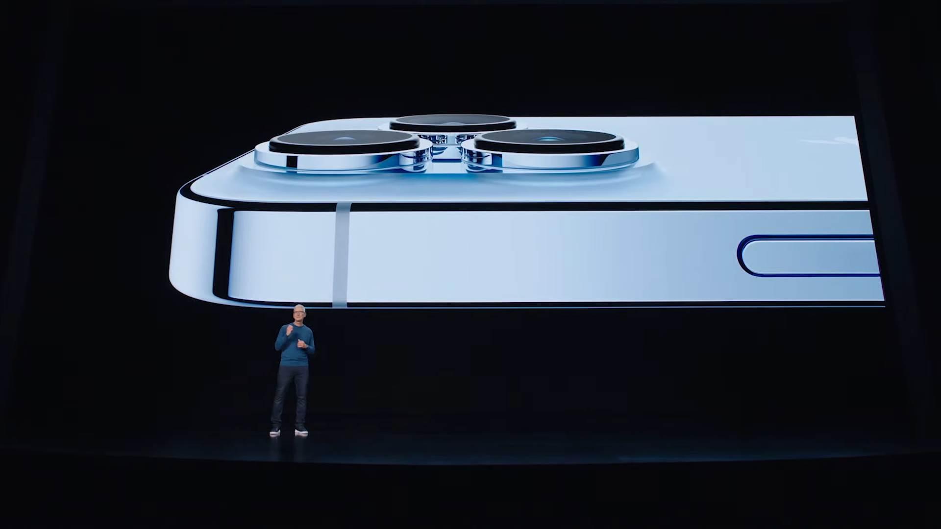iPhone 13 Pro Tim Kuk - SmartLife / Apple