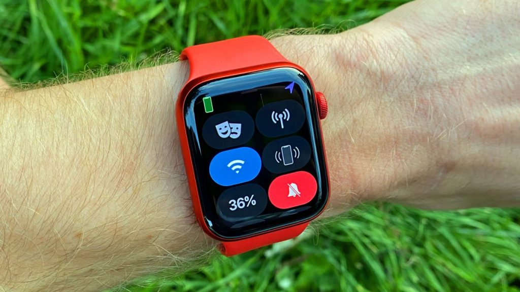 How to free up space on your Apple Watch?