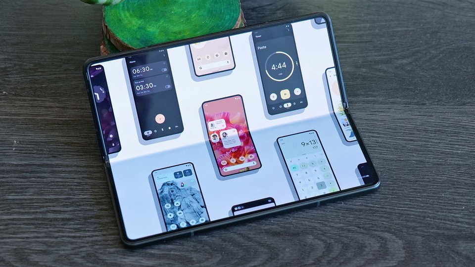 Foldable smartphone support and Android 12.1 leaks likely to evolve |  Gizmodo Japan
