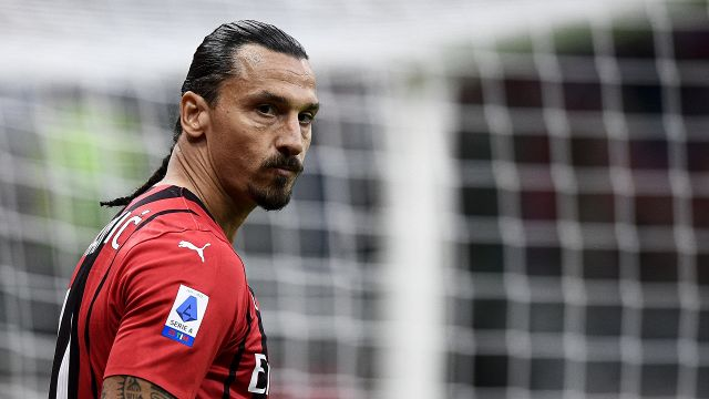 Milan pay tribute to champion Ibrahimovic and download another