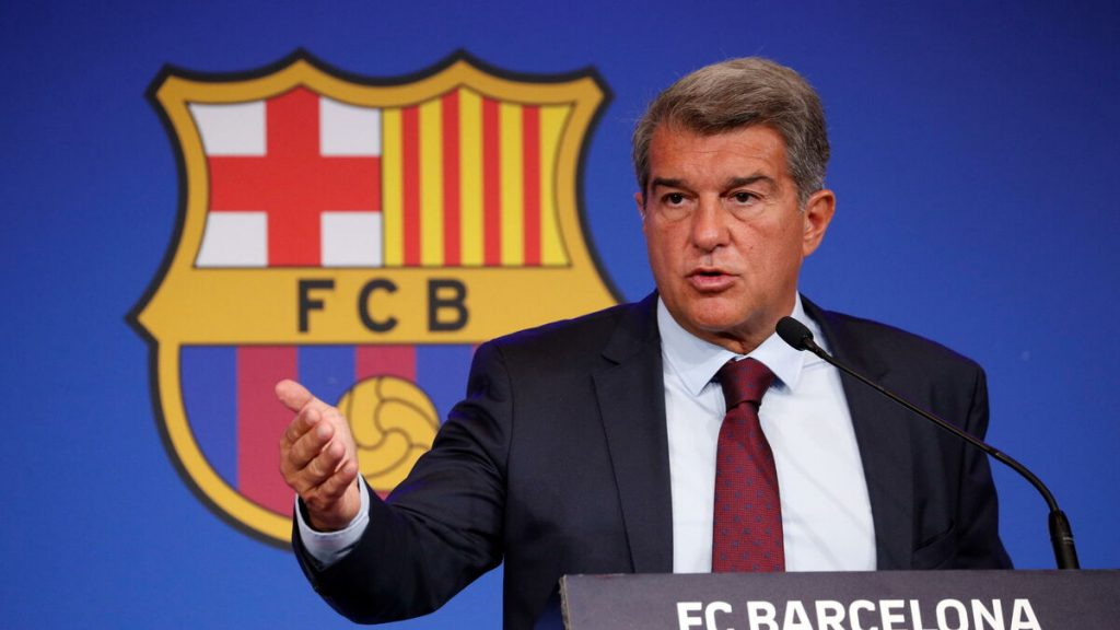 """The president of Barça would have liked Lionel Messi """"to stay and play for free"""""""